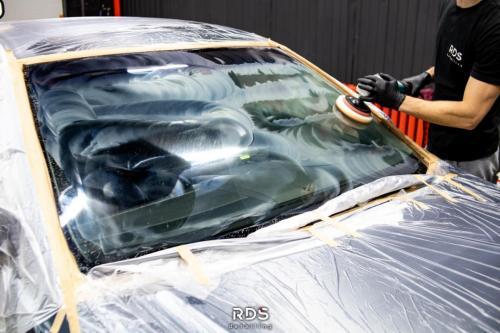 Восстановительная полировка стекол автомобиля